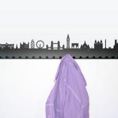 Foto 6 de 7 de la galería colgadores-inspirados-en-grandes-ciudades en Decoesfera