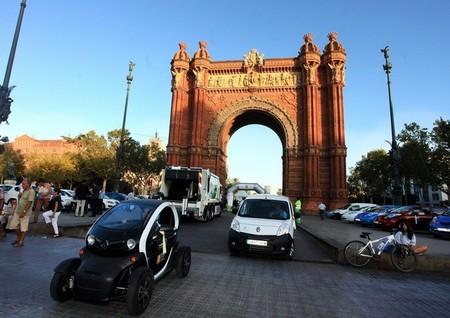 Barcelona da un nuevo impulso a la movilidad eléctrica y bonifica con 250 euros a quien compre una bicicleta eléctrica