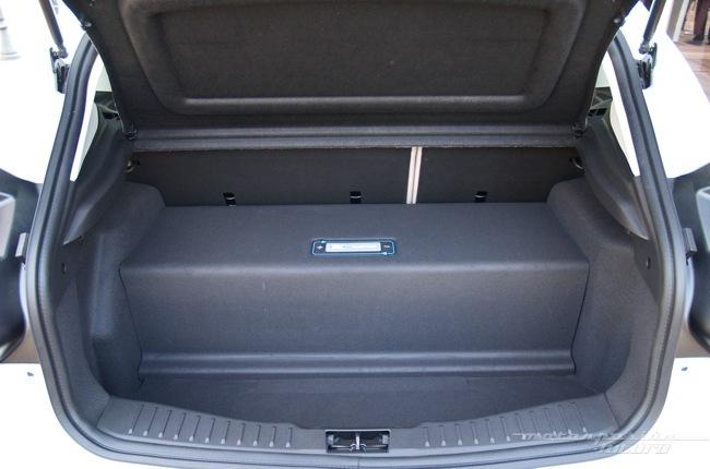 Ford Focus eléctrico toma de contacto en Dearborn (maletero) 10