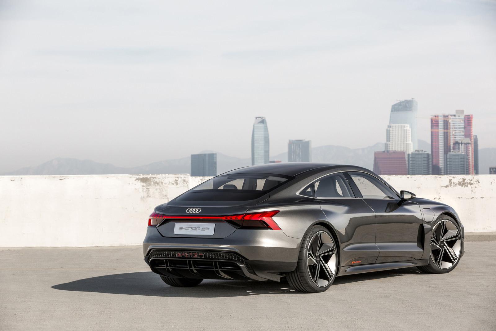 Foto de Audi e-tron GT concept 2018 (46/55)