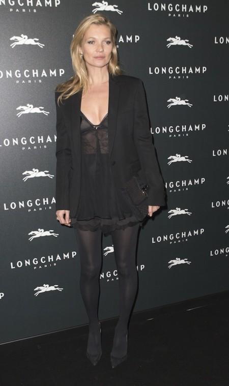 Kate Moss Ttoal Look Black