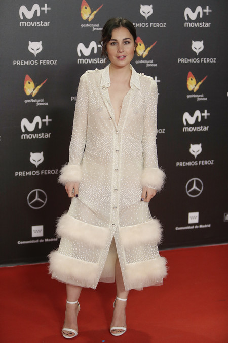 premios feroz alfombra roja look estilismo outfit Nadia de Santiago