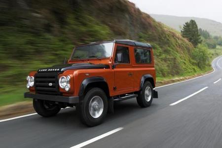 """Llegan a España 20 unidades del Land Rover Defender 90 """"Fire & Ice"""""""