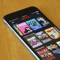 Netflix cree que tal vez pagarías la mitad del plan básico por ver series y películas solo en tu móvil