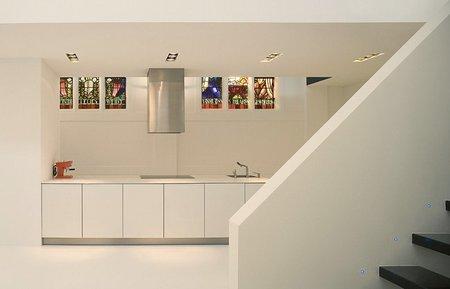 Una casa en una capilla - cocina