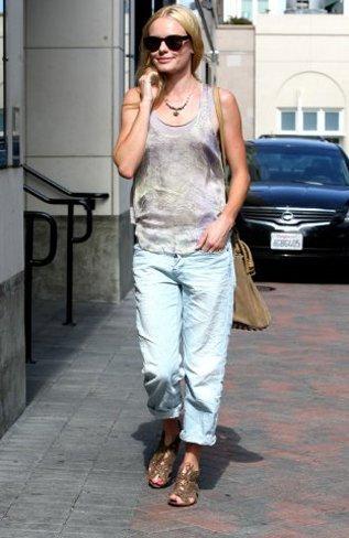 Los mejores zapatos y sandalias de las famosas para este verano. Kate Bosworth