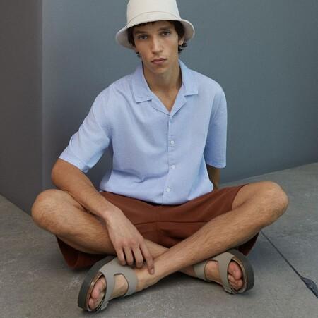 Las sandalias más frescas, originales y cómodas del verano están de rebajas en la web de Bershka