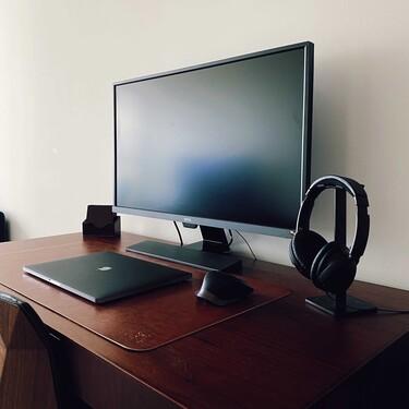 Con éstos soportes para auriculares, tu escritorio gamer estará más organizado y lucirá más moderno que nunca