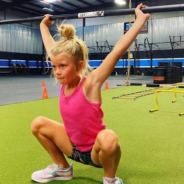 Brodie Bowen, la niña de siete años que levanta pesas de más de 40 kilos
