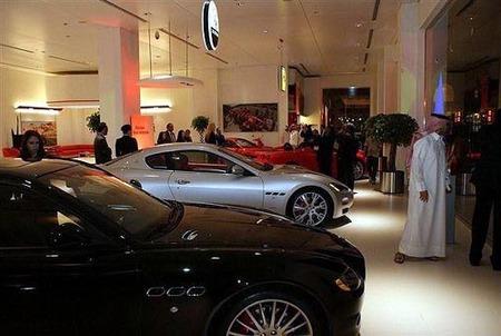 Ferrari y Maserati en la isla billonaria de Qatar