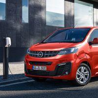 Opel Zafira-e Life: la versión eléctrica del Zafira Life llega con autonomías de hasta 330 km y dos opciones de batería