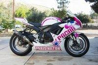 Suzuki GSX-R 600 Paris Hilton Blusens Racing a subasta en Ebay el carenado