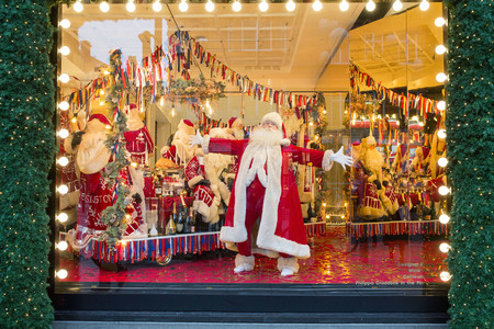 Selfridges Is The First Department Store In The World To Unveil Its Christmas Windows And Full In Store Displays Today 20th October 2017 3
