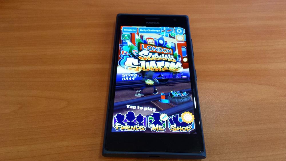 Foto de Nokia Lumia 735 (2/7)