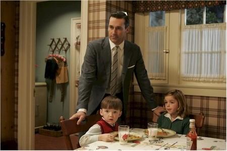 Don y sus hijos en la cocina