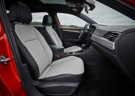 Volkswagen Jetta llamado a revisión