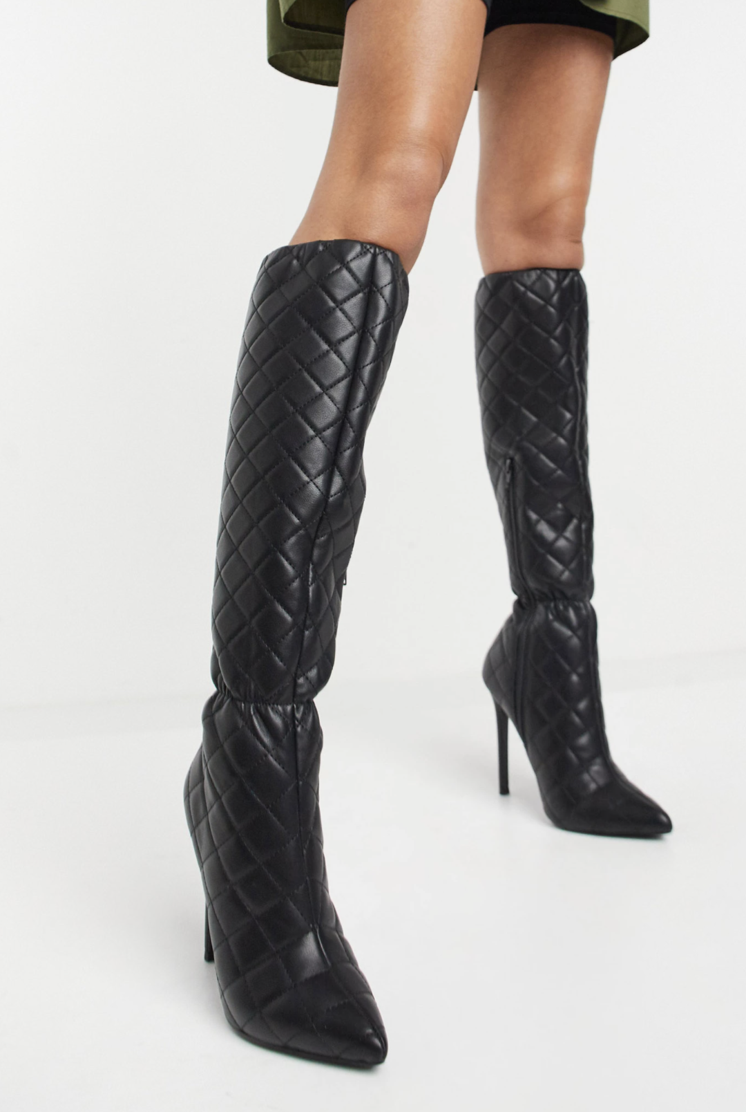 Botas por la rodilla negras acolchadas de tacón alto Cheryl de ASOS DESIGN