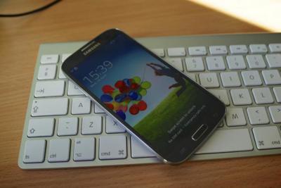 Apple y Samsung firman la paz: fin de juicios de patentes fuera de Estados Unidos