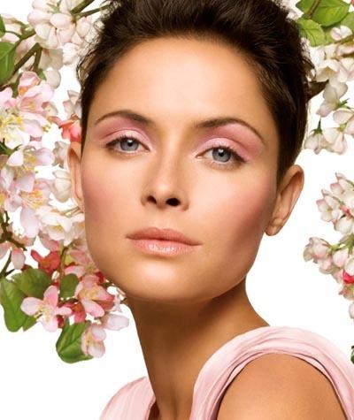 Primavera rosa y delicada según Clinique