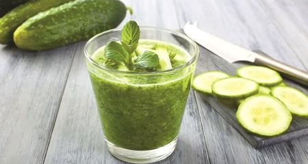 El zumo de pepino es el más deseado: estos son los beneficios de este alimento y cómo elaborarlo en casa para incluir en nuestra dieta