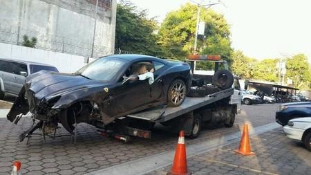 Ferrari California en El Salvador