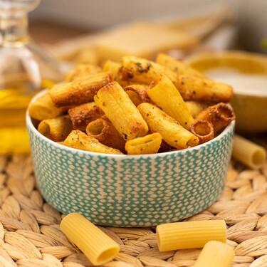 Pasta Chips con queso: receta del snack para freidora sin aceite que triunfa en TikTok