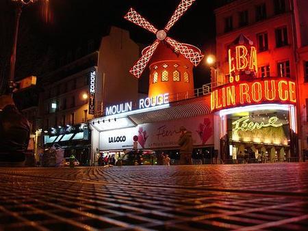 El legendario Moulin Rouge cumple 120 años