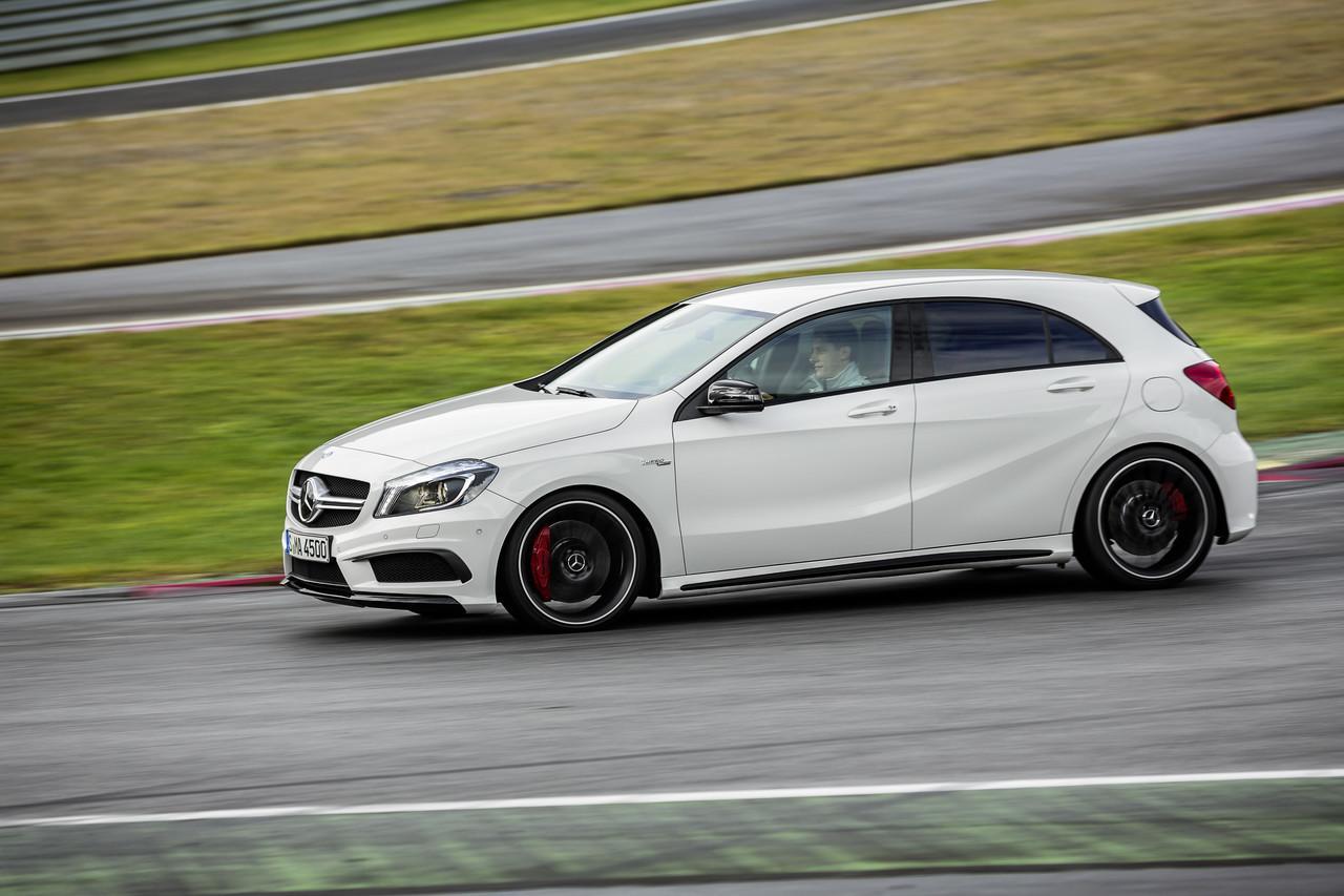 Foto de Mercedes-Benz A 45 AMG (13/24)