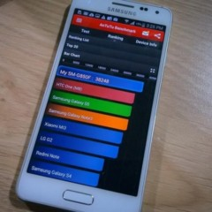 Foto 3 de 6 de la galería samsung-galaxy-alpha-1 en Xataka Android