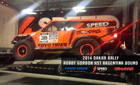 Robby Gordon nos muestra sin tapujos su mini Hummer para el Dakar 2014