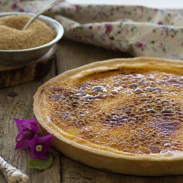 Tarta de crema caramelizada: receta dulce ideal para quedar bien con poco esfuerzo