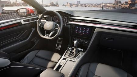 Volkswagen Arteon 2021 24