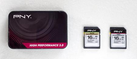 PNY - Lector de tarjetas USB 3.0 y tarjetas de memoria SDHC UHS-I High Performance y Elite Performance