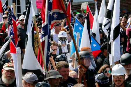 Nacionalismo blanco: en qué consiste la ideología que Facebook y algunos gobiernos quieren prohibir