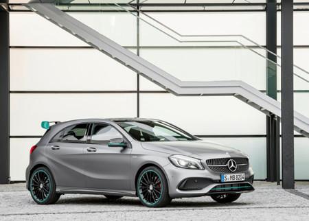 Mercedes Benz A Class 2016 800x600 Wallpaper 04