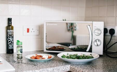Usos del microondas que nunca hubieras imaginado (aparte de calentar comida)
