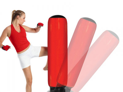 Saco de boxeo de pie por un precio de 10,25 euros en eBay ¡Ideal para todas las edades!