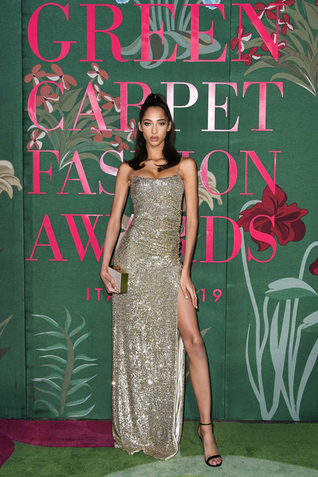 Yasmin Wijnaldum green carpet fashion awards 2019