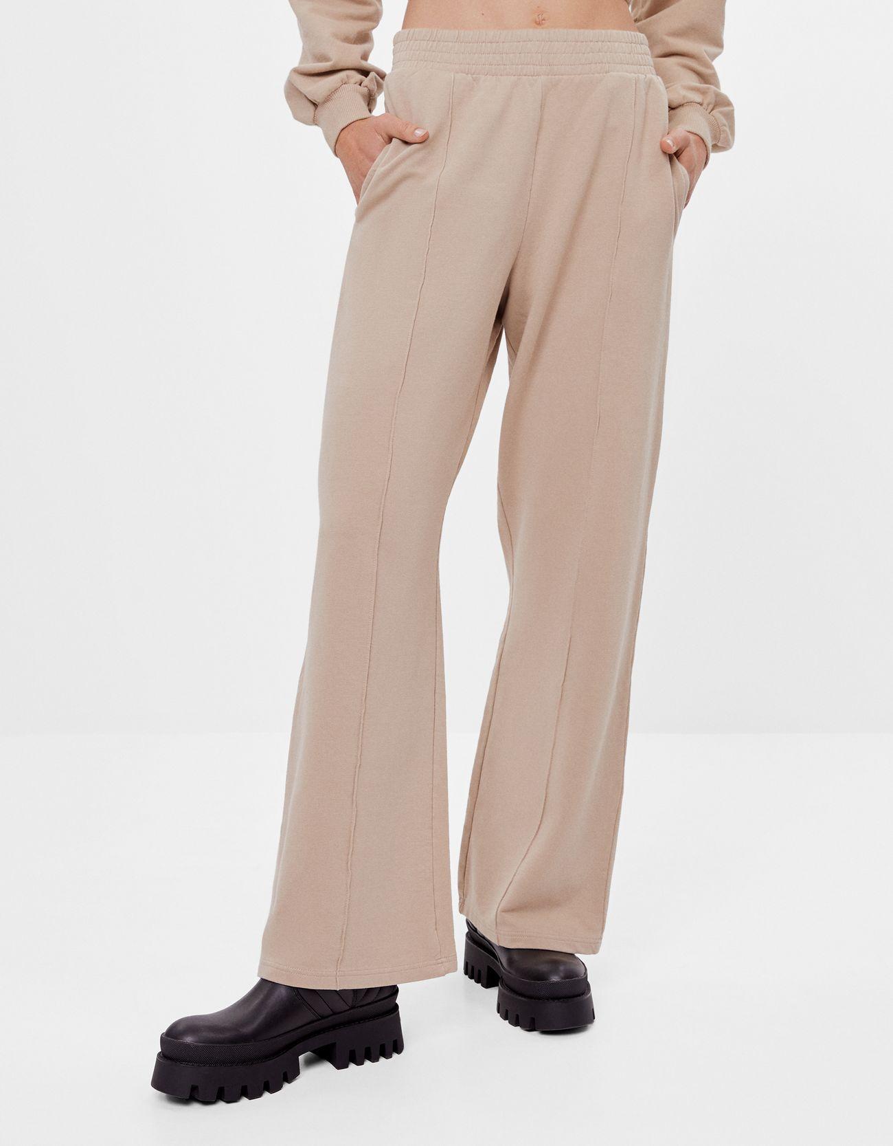 Pantalón de felpa con diseño wid leg