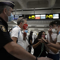 """Gritarle """"habeas corpus"""" a la policía es tendencia entre los que no usan mascarilla. Y no es la mejor idea"""