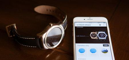 Un mes utilizando un reloj Android Wear con iOS