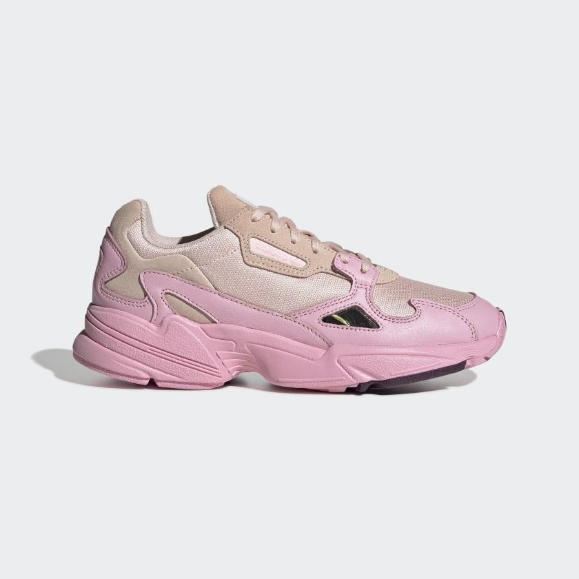 Sneaker rosas inspiradas en los 90