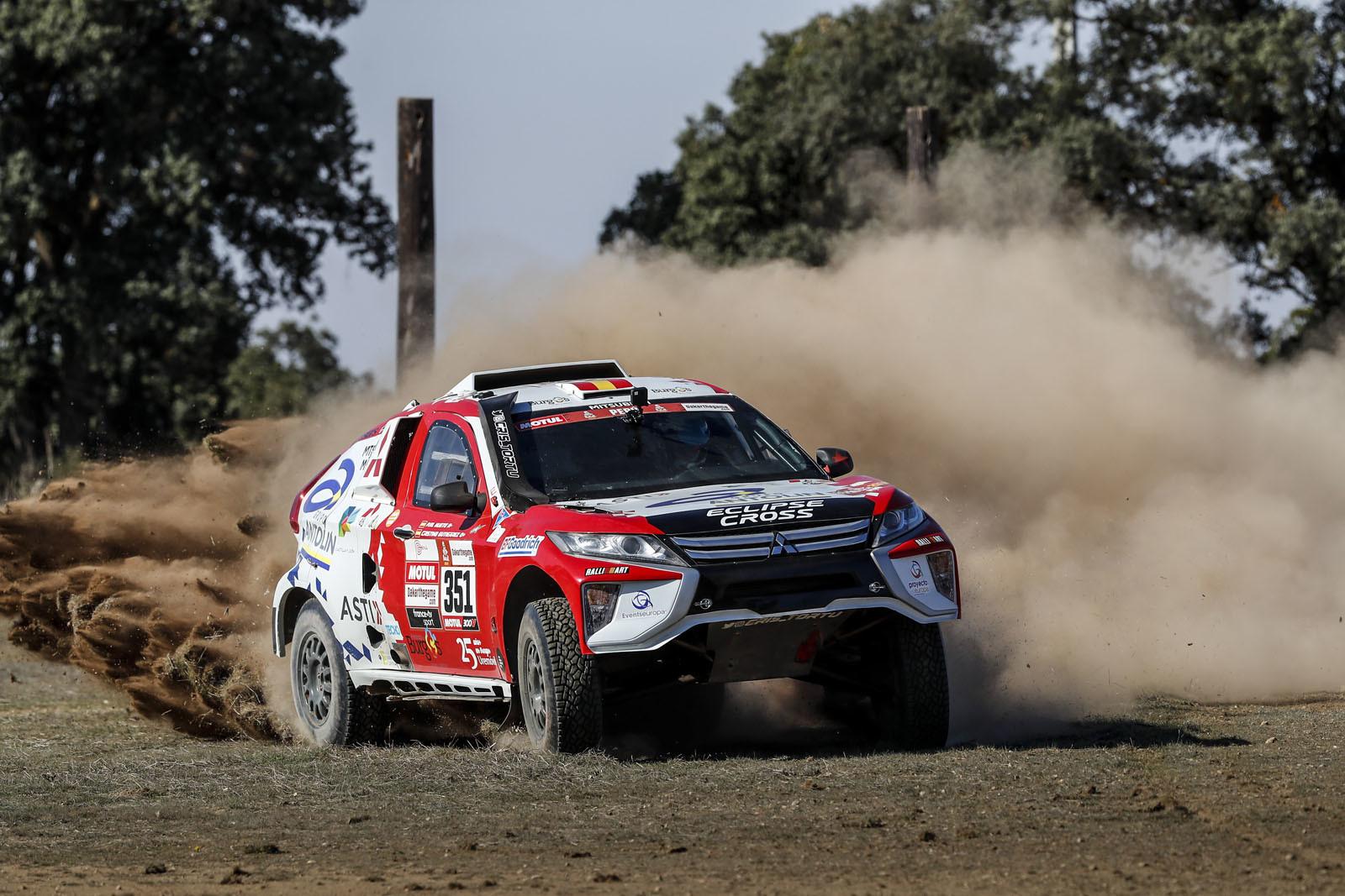 Foto de Mitsubishi Eclipse Cross Proto Dakar (5/38)