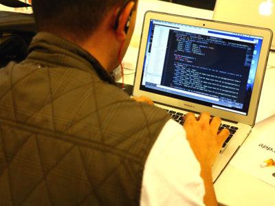 ¿Puedes sacar ventaja de la experiencia de las empresas con las mentorías en un hackatón?