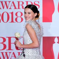 Millie Bobby Brown en los Brit Awards 2018, o cómo ponerse 20 años de golpe