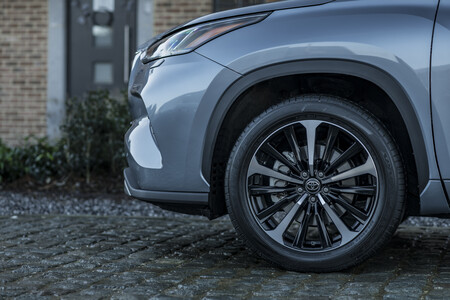Toyota Highlander Electric Hybrid 2021 Detalles 1