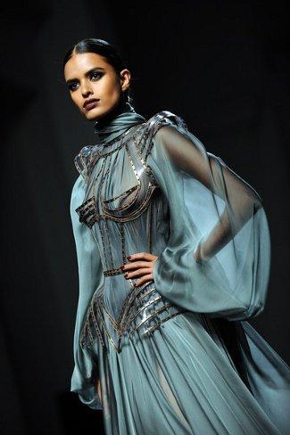 Lakshmi Menon, una india en París