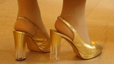 Tipos de calzado que no son buenos para ti: ni muy altos ni muy bajos