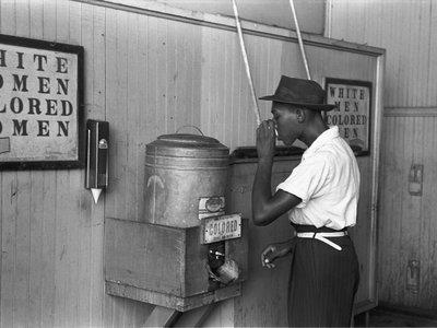 """""""Yo voto al negro"""" o por qué la gente no responde la verdad en las encuestas"""