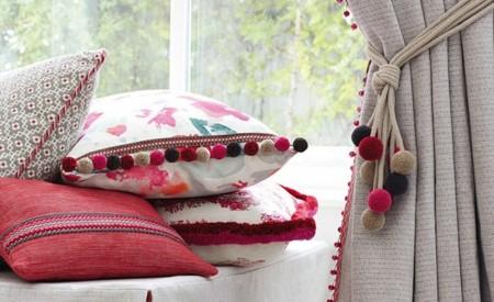 Personaliza tus complementos textiles con detalles de pasamanería